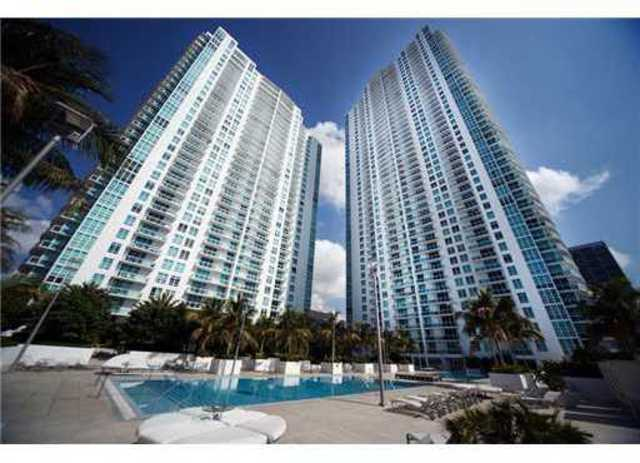 951 Brickell Avenue, Unit 4001 Image #1