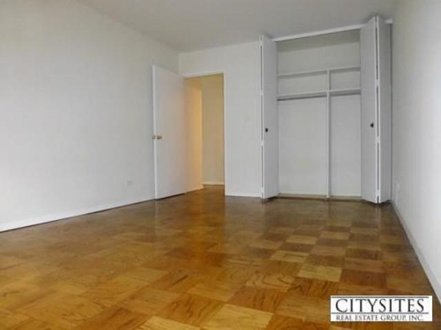 400 East 71st Street, Unit 15K Image #1