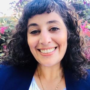 Headshot of Nada Djomehri