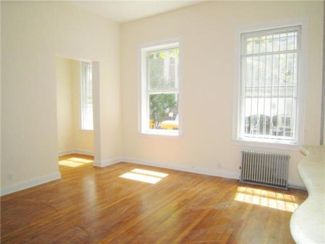33 West 16th Street, Unit 4 Image #1