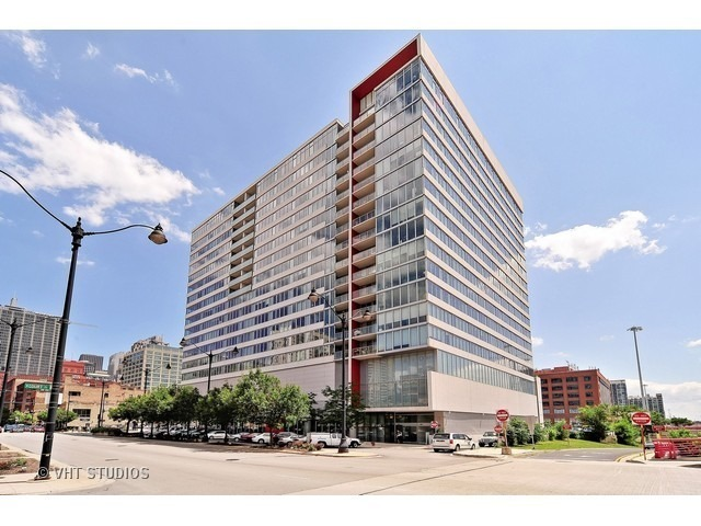 659 West Randolph Street, Unit 1712 Chicago, IL 60661