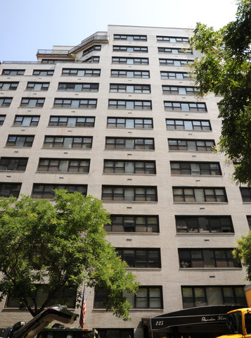 225 East 63rd Street, Unit 11H Image #1