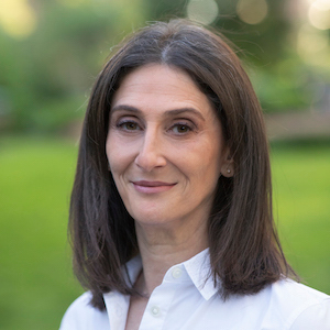Ellen Cohen,                       Agent in NYC - Compass