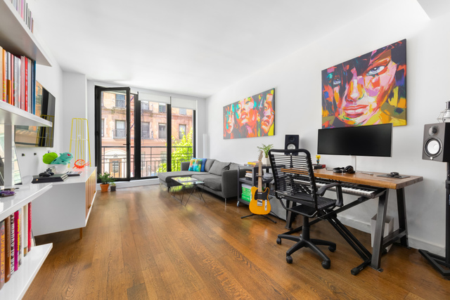 211 East 13th Street, Unit 2F Manhattan, NY 10003