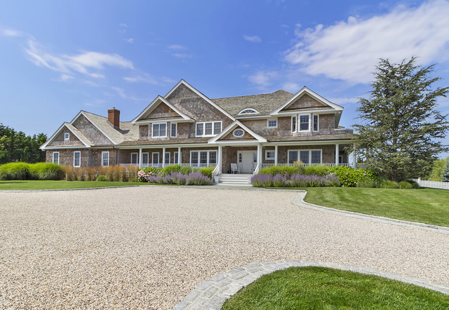 15 Hampton Close Westhampton Beach, NY 11978