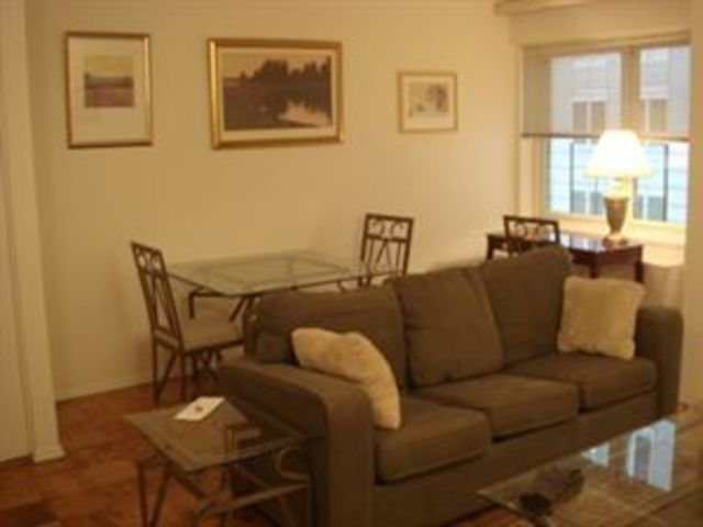 159 West 53rd Street, Unit 12A Image #1