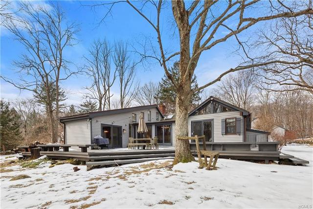 248 Eastwoods Road Pound Ridge, NY 10576
