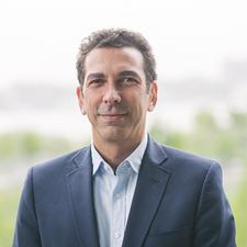 Hervé Senequier,                     Agent in NYC - Compass