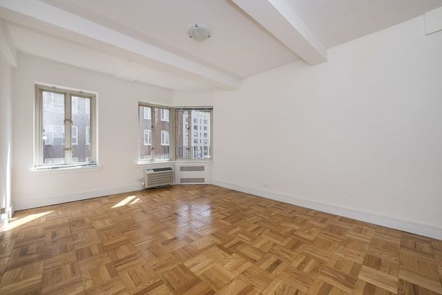 35 East 35th Street, Unit 10H Image #1