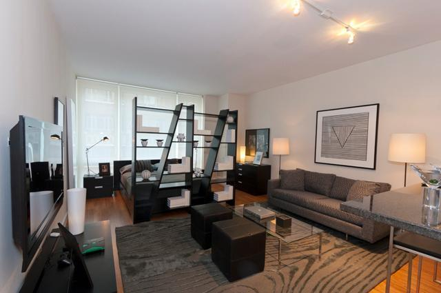 330 West 39th Street, Unit 5J Image #1