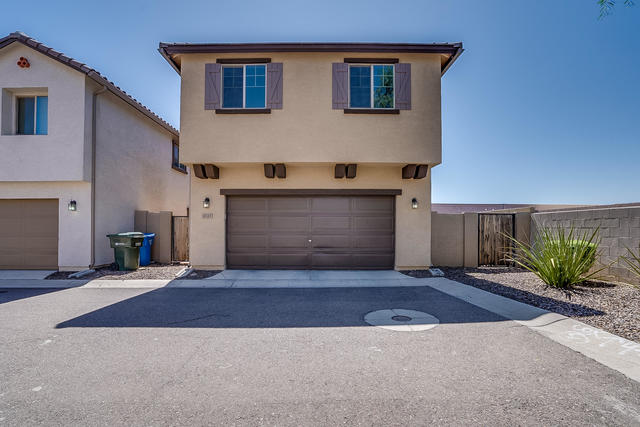 2722 North 73rd Glen Phoenix, AZ 85035