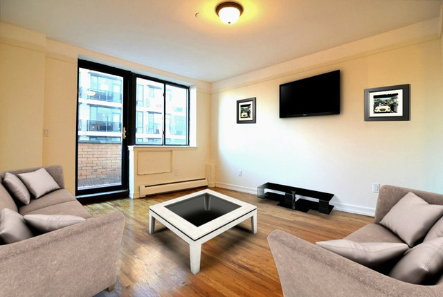 394 East 8th Street, Unit 13 Image #1