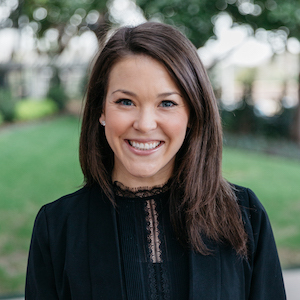 Laura Groth,                       Agent in Dallas-Fort Worth - Compass