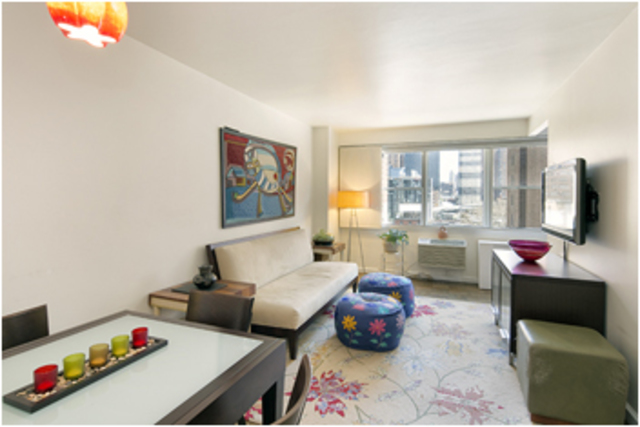 430 West 34th Street, Unit 8E Image #1