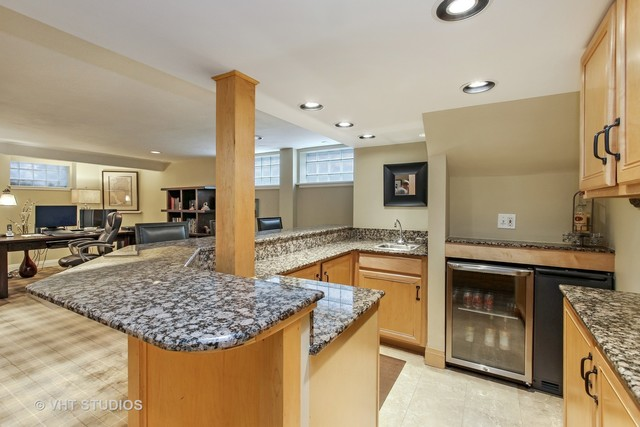 1202 William Street River Forest, IL 60305