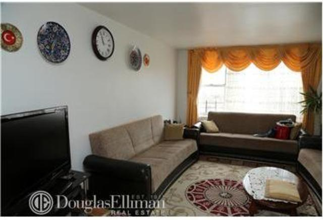 50-15 39th Street, Unit 6A Image #1