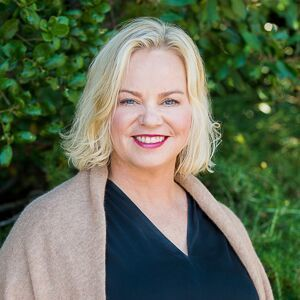 Karen Gunn, Agent in San Francisco - Compass
