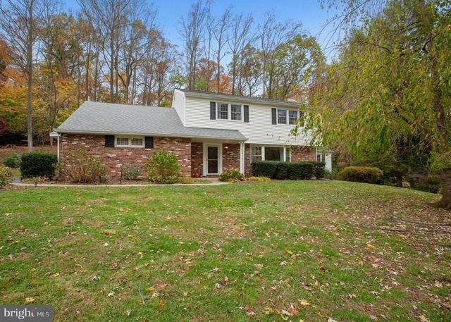 869 Hollow Road Wayne, PA 19087
