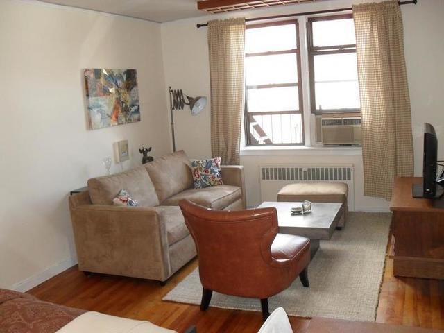 305 West 18th Street, Unit 5G Image #1