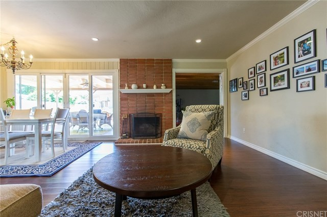 7446 Fallbrook Avenue West Hills, CA 91307