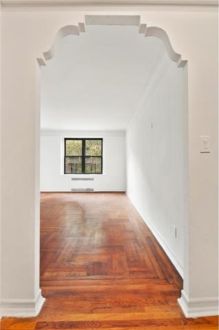 187 East 4th Street, Unit 4H Image #1
