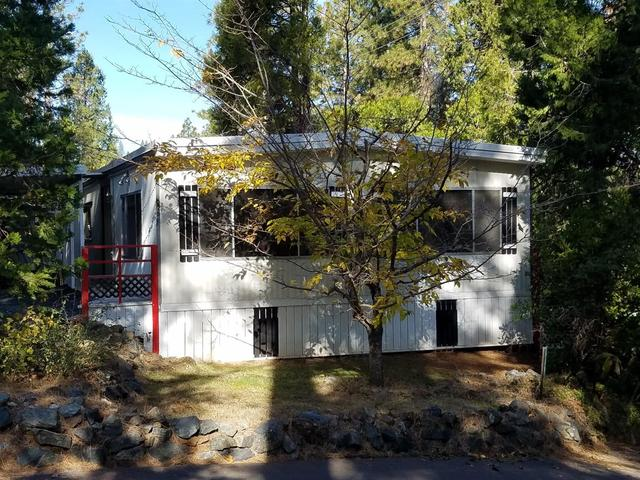 926 Amber Loop Grass Valley, CA 95945
