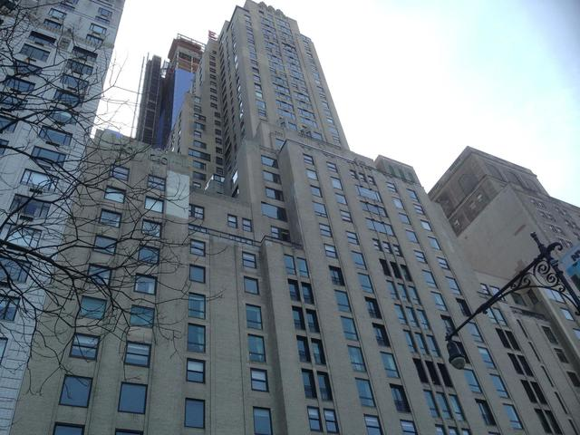 160 Central Park South, Unit 1726 Image #1