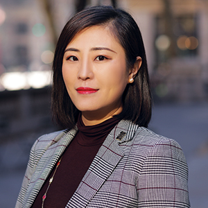 Yvonne Zhu, Agent in NYC - Compass