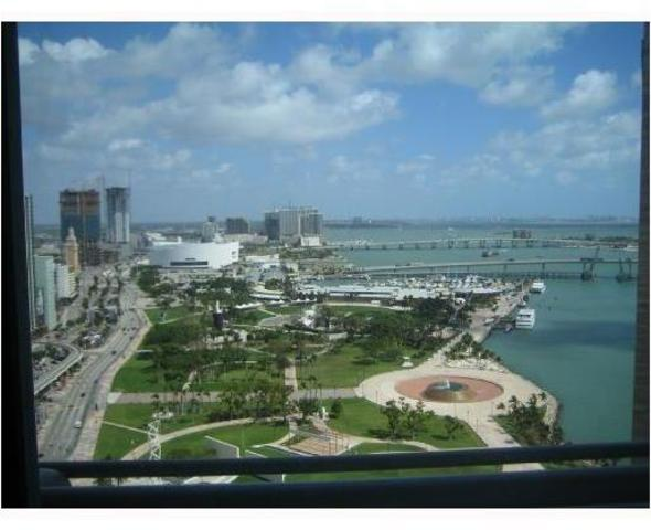 325 South Biscayne Boulevard, Unit 3022 Image #1