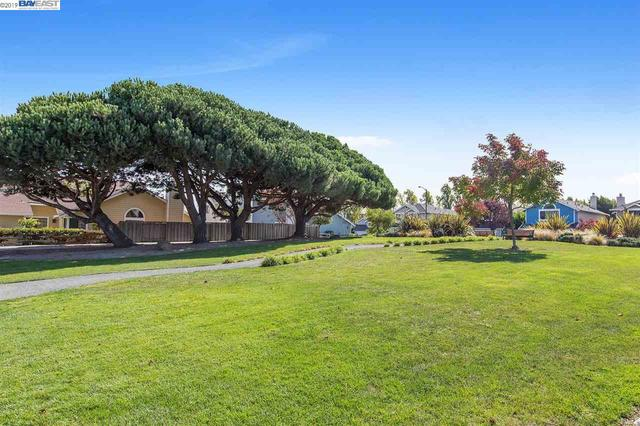 3524 McSherry Way Alameda, CA 94502