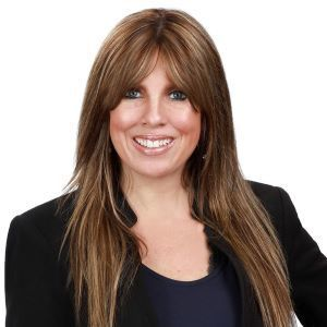 Tracie Amador,                       Agent in Dallas-Fort Worth - Compass