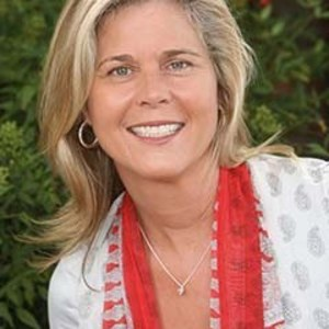 Elisea Albertson,                     Agent in San Francisco - Compass