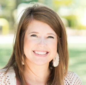 Kelsey Sledge,                       Agent in Houston - Compass