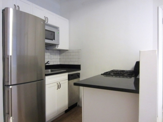 440 West 34th Street, Unit 5D Image #1
