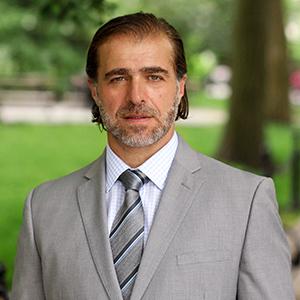 Alexandre Ragovski, Agent in NYC - Compass