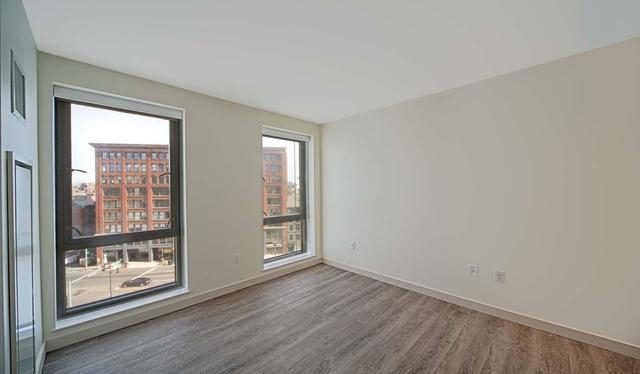 1 Canal Street, Unit 925 Boston, MA 02114