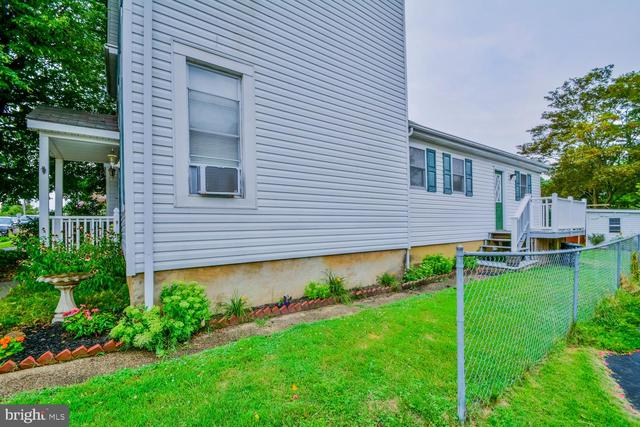 28 2nd Avenue Halethorpe, MD 21227