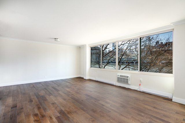 551 Main Street, Unit 208 Manhattan, NY 10044
