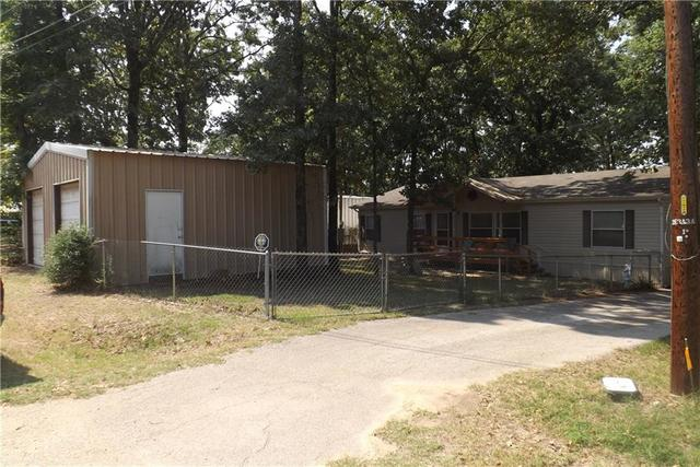 104 Easy Street Mabank, TX 75156