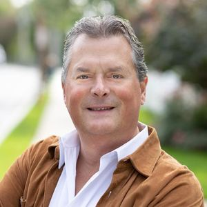A.J. Dobbs,                       Agent in Westchester, NY - Compass