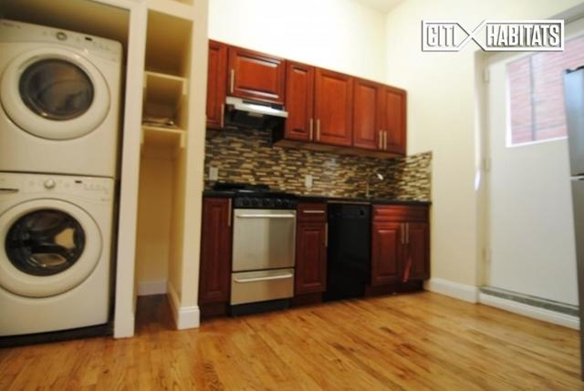 139 East 13th Street, Unit 1C Image #1
