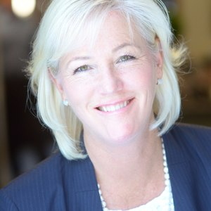 Tracy Keaton,                     Agent in San Francisco - Compass