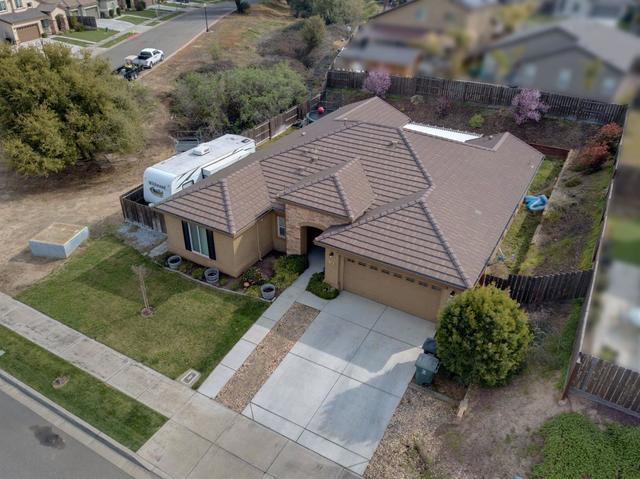 439 Shadow Creek Avenue Oakdale, CA 95361