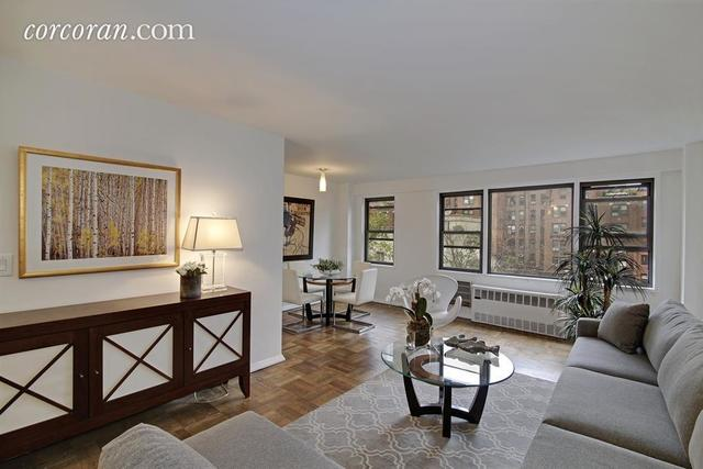 345 East 52nd Street, Unit 8A Image #1