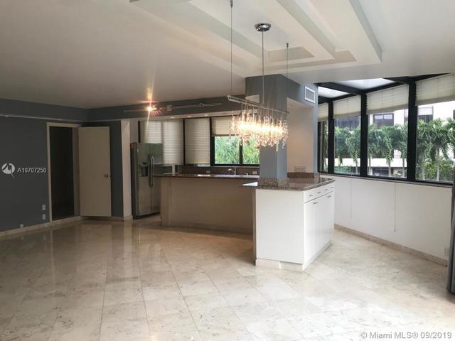 181 Crandon Boulevard, Unit 202 Key Biscayne, FL 33149