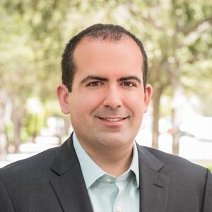 Jorge Fernandez,                       Agent in Miami - Compass