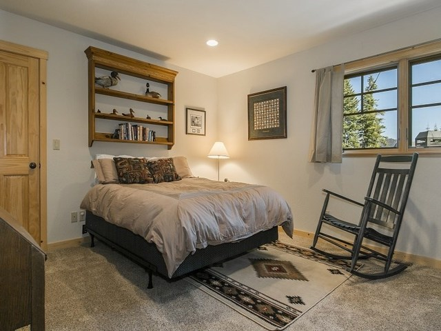 260 Sierra Crest Trail Olympic Valley, CA 96146