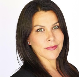 Paloma Fierro,                       Agent in Los Angeles - Compass