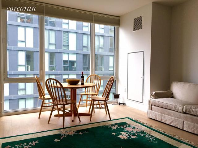 540 West 49th Street, Unit 402S Image #1