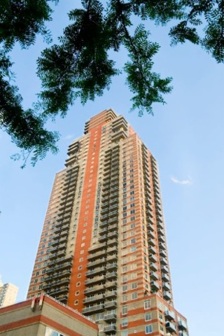 560 West 43rd Street, Unit 17F Image #1